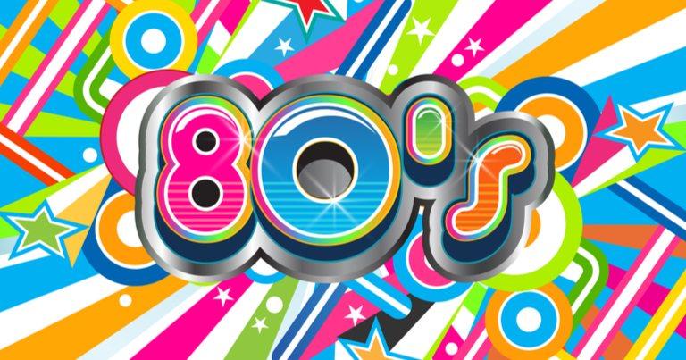 """Una llamativa ilustración con """"80's"""" en ella."""